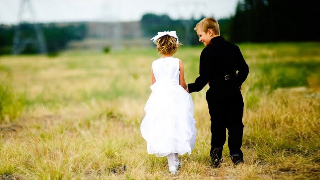 Small child Love Wallpaper : Sweet Kids couples (Wallpapers) Volganga