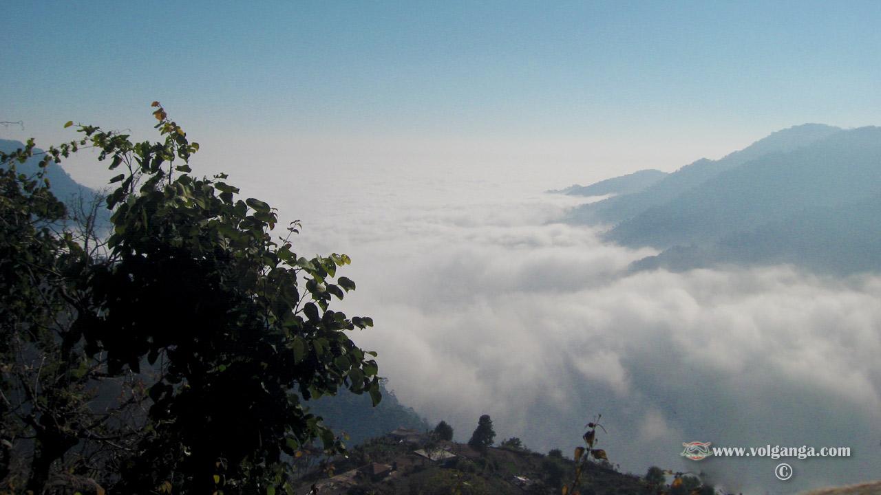 meeting_clouds