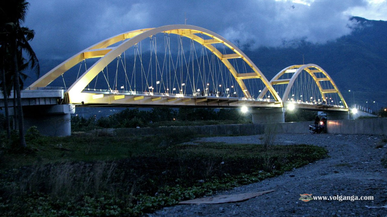 Teluk Palu bridge