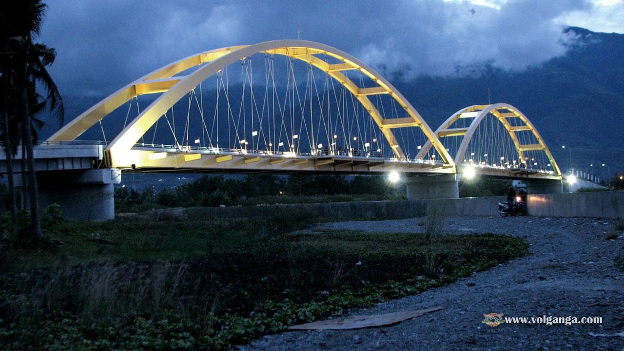 Teluk Palu bridge
