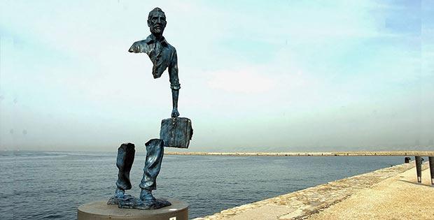 Les Voyageurs (Travellers), Marseilles, France