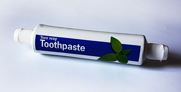 Two-way toothpaste pack