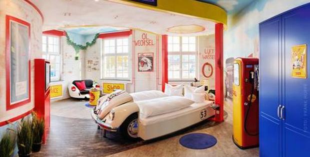 V8 Hotel, Germany