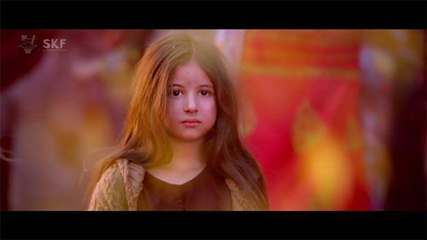 Harshali Malhotra as the little girl from Pakistan who lost in India