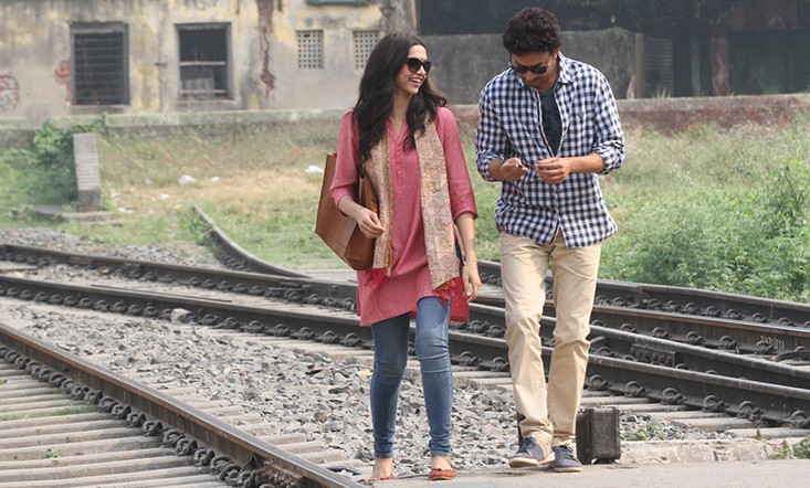 Deepika Padukone as Piku and Irrfan Khan as Rana Chudhary