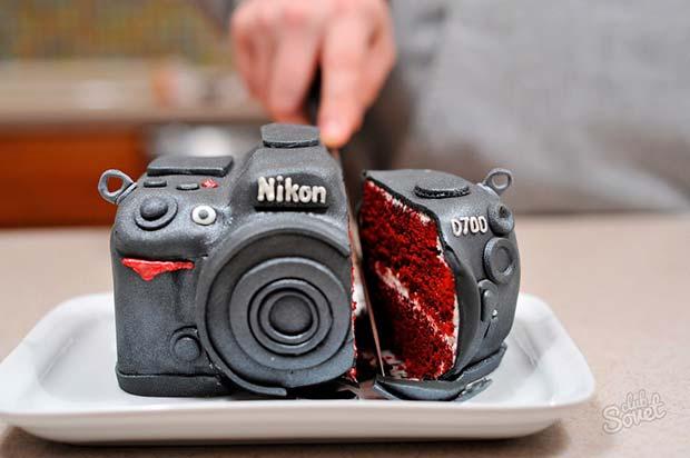 Awesome camera cake