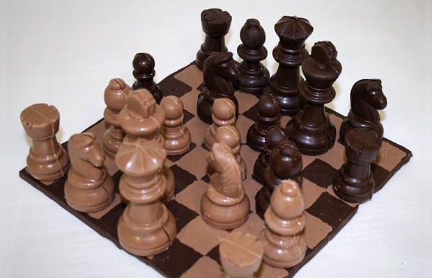 Chocolate chess