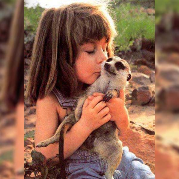 Little Tippi Degré and her wild friend