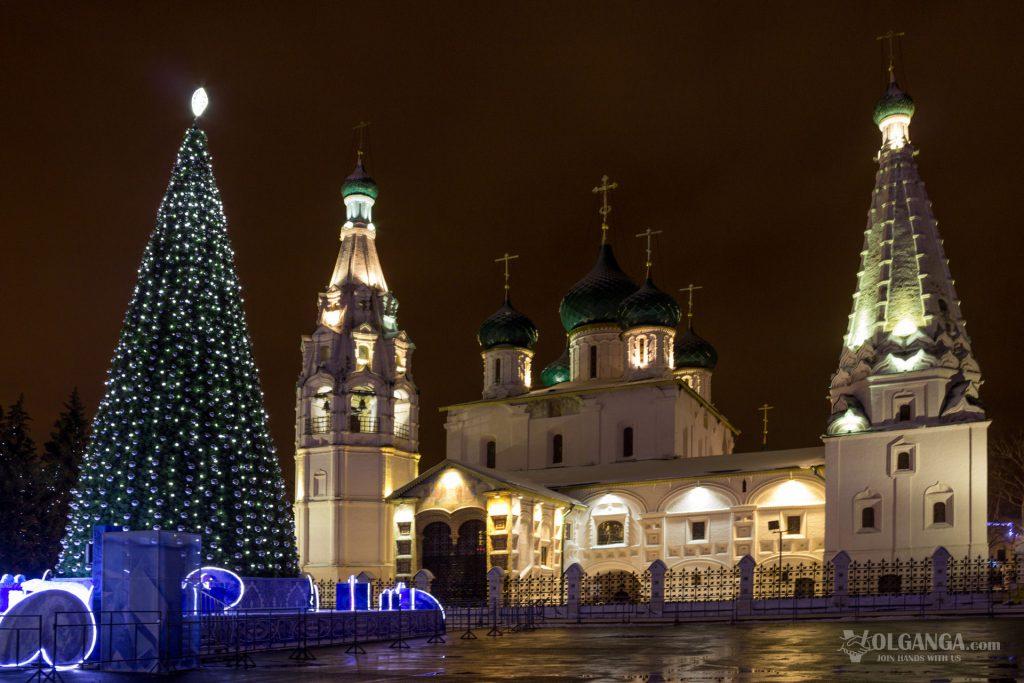 Church of Ilya the Prohet on Soviet square on New Year night 2017, Yaroslavl